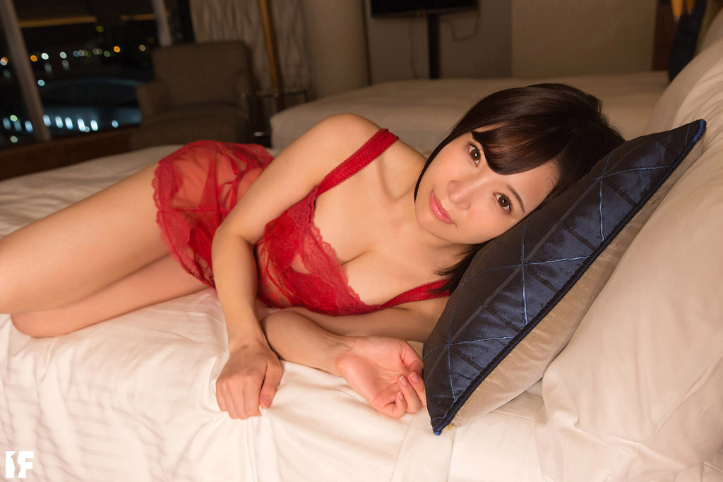 S-CUTE-IF_010_01 もしMomokaちゃんが彼女だったら/Momoka